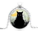 BLACK CAT STARES CABOCHON NECKLACE >>    WE COMBINE SHIPPING   (1643)
