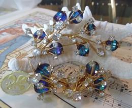 SPECTACULAR NOS NWT VENDOME PAGODA CRYSTAL SPRAY SET EARRINGS VINTAGE BLUE - $169.99