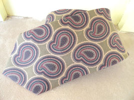 Mens Neck Tie Brooks Brothers Drab Green Blues Reds Paisley All Silk - $9.99