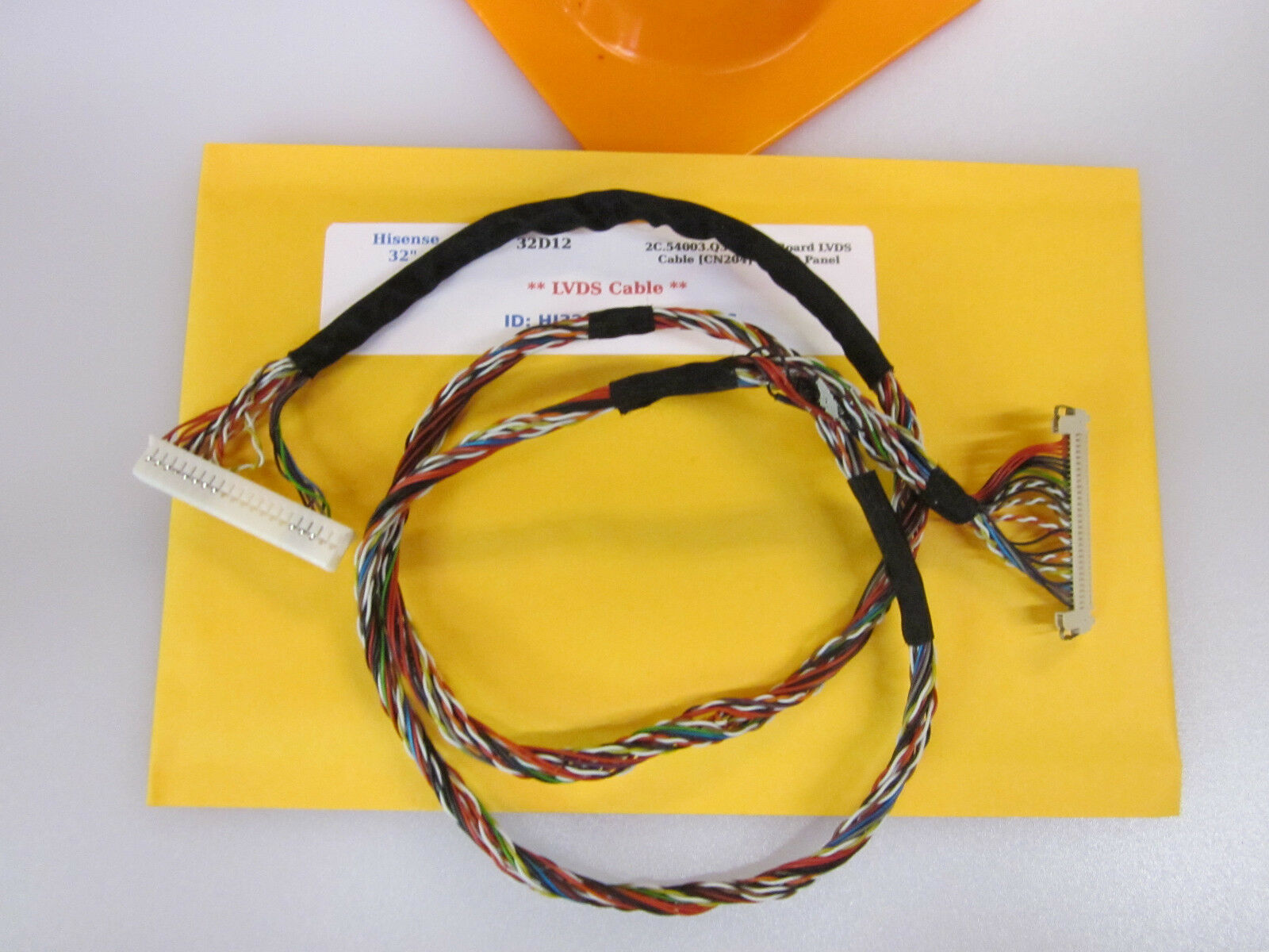 "Primary image for Hisense 32"" 32D12 2C.54003.Q31 Main Board LVDS Cable [CN204] to LCD Panel"