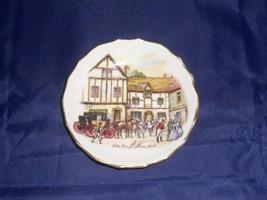 Miniature Tuscan Fine English Bone China Old Coach House York Souvenir P... - $16.82