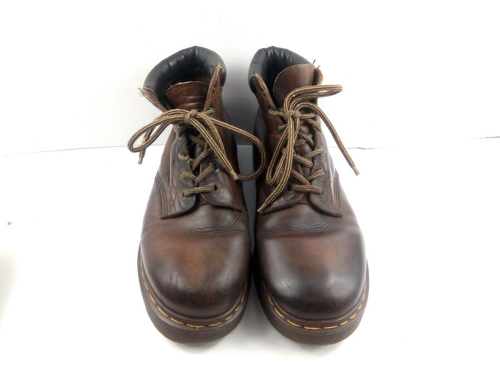 Dr Martens Men's Ankle Boots Leather Chukka Padded Collar Lace Up Work Shoe US11