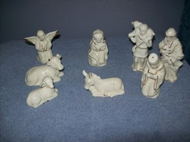 porcelain nativity set - $7.99