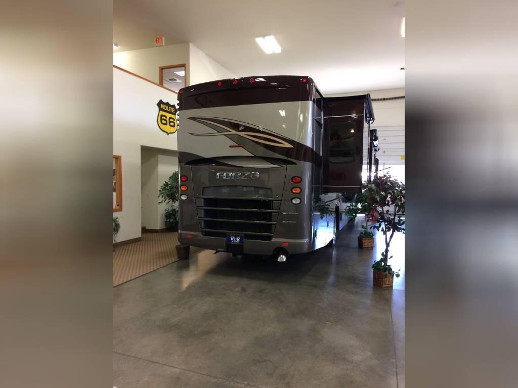 2018 WINNEBAGO FORZA 36G FOR SALE IN Liberty Lake, Wa 99019