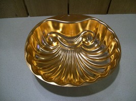 Vintage Wear Ever Copper Color Clam Shell Shaped Seashell Jello Mold 6 Cup 2980  - $17.00