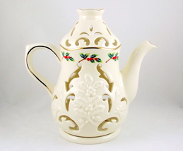 Partylite Holly Leaf P7256 porcelain teapot tealight candle holder  - $18.00
