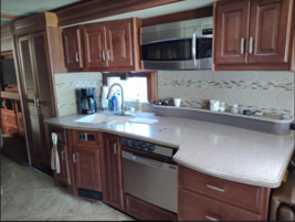 This 2014 Fleetwood Discovery 40E FOR SALE IN Punta Gorda, FL 33982 image 7