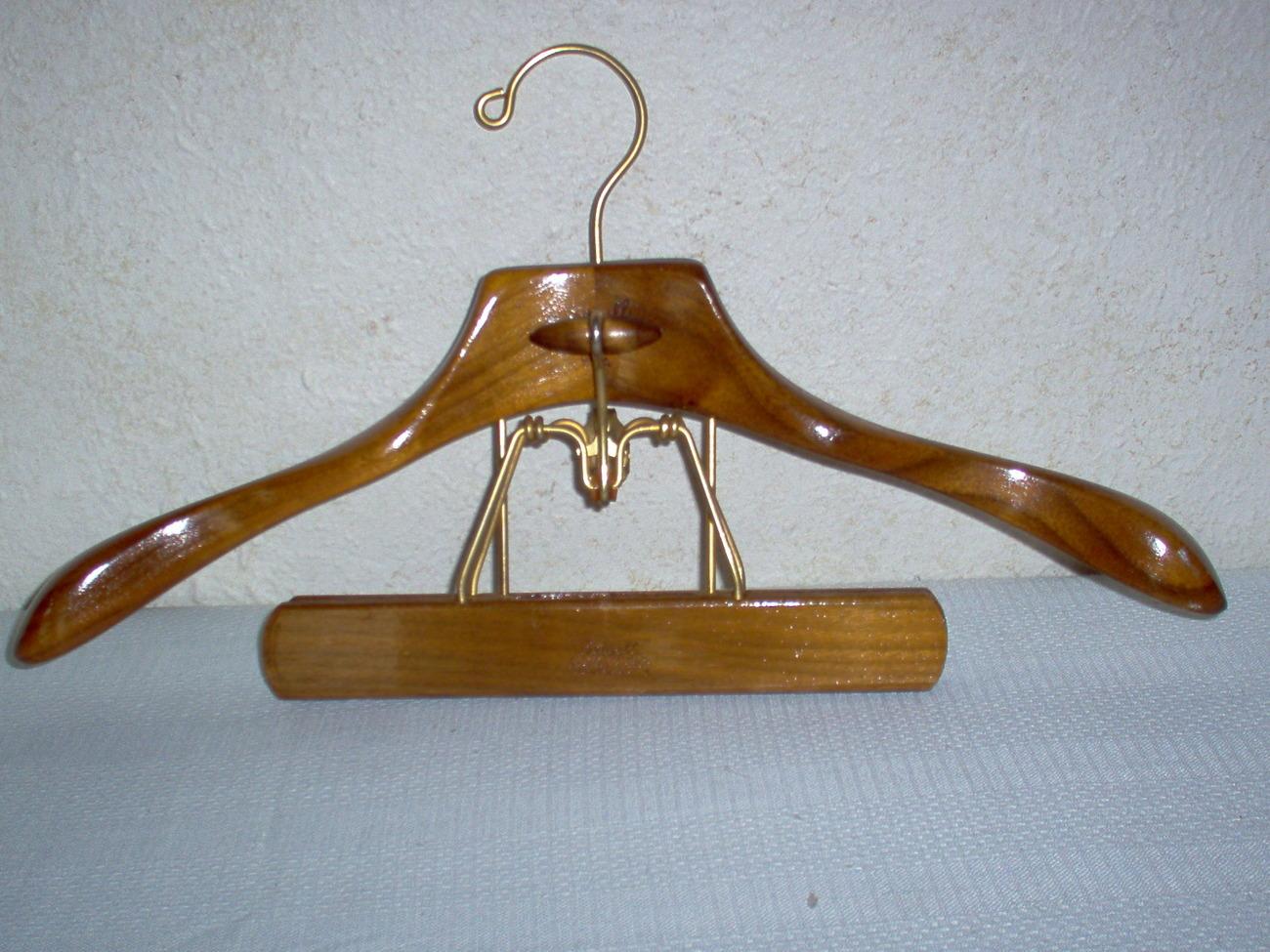 Vintage Setwell Wooden Suit Hanger