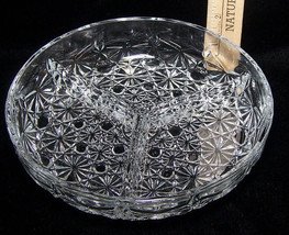 Round Divided 3 Part Clear Glass Candy or Relish Dish Daisy Pattern - $12.86