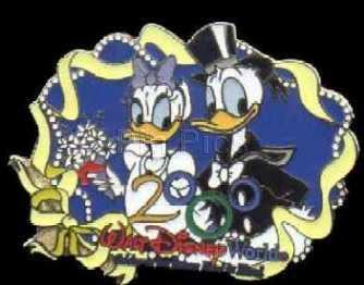 Disney WDW - 2000 Wedding Donald & Daisy Duck pin/pins