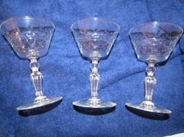 """Lot Of 3 Glasses Diamond Line Cut Stems Star Of David Foot 5 3/8"""" x 3 1/4"""" - $20.18"""