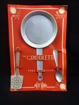 VTG COLLECTIBLE KAY VAN THE GRIDDLETTE TOY KITCHEN SET ON ORIGINAL CARD - $16.99