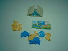 Kinder - K02 102 Running bird + paper + sticker - surprise egg - $1.50