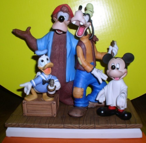 Disneyana Barbershop Quartet Donald Goofy etc Figurine