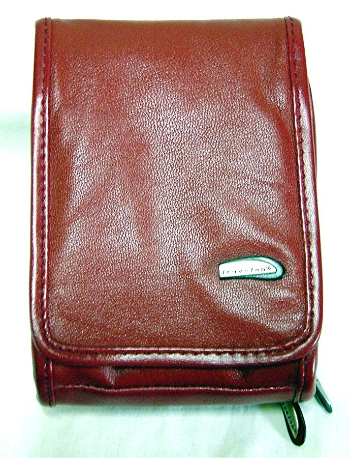 Travelon Convertible Leather Organizer w/ Flap Front