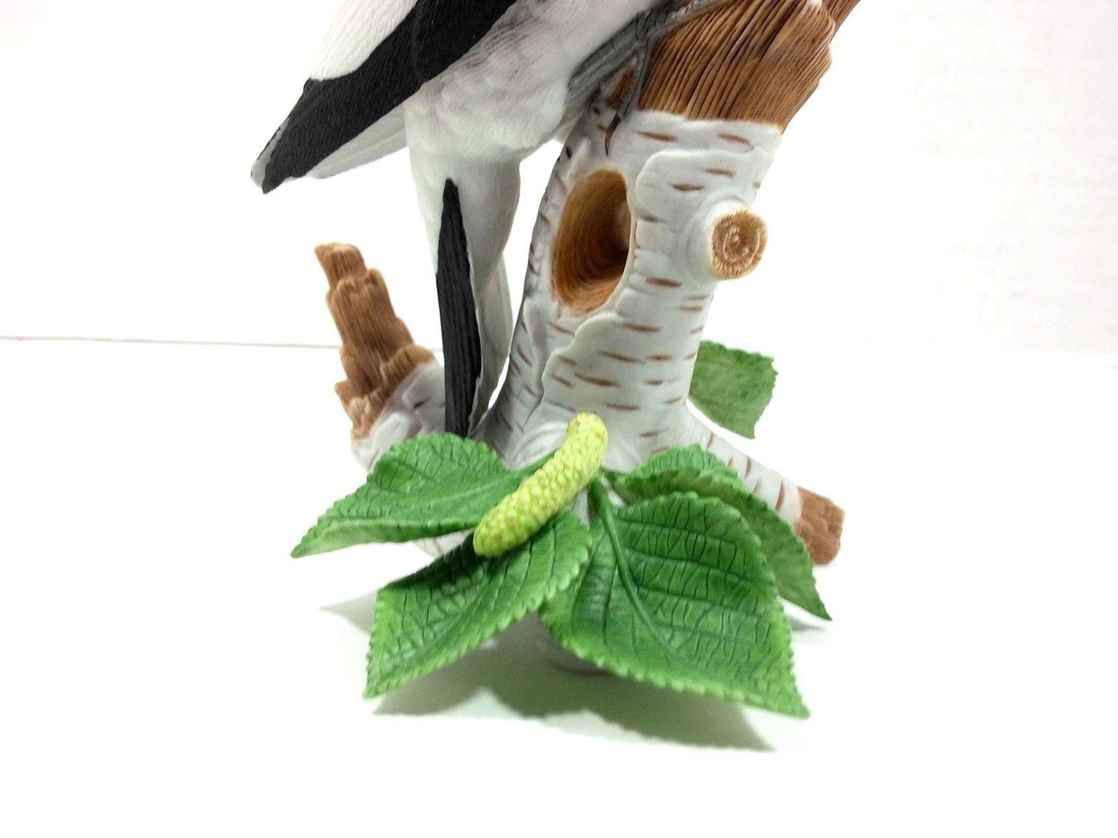THE LENOX GARDEN BIRD COLLECTION Red Headed Woodpecker (Fine Porcelain 1999) image 9