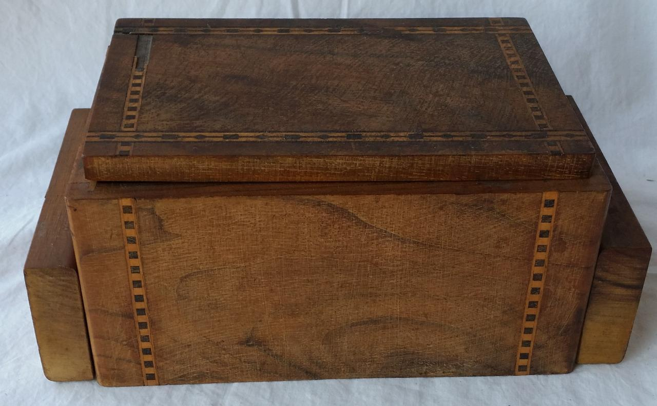 Vintage Wooden Wood Inlaid Cigarette Box w/ Auto Opening Ashtrays Tobacciana