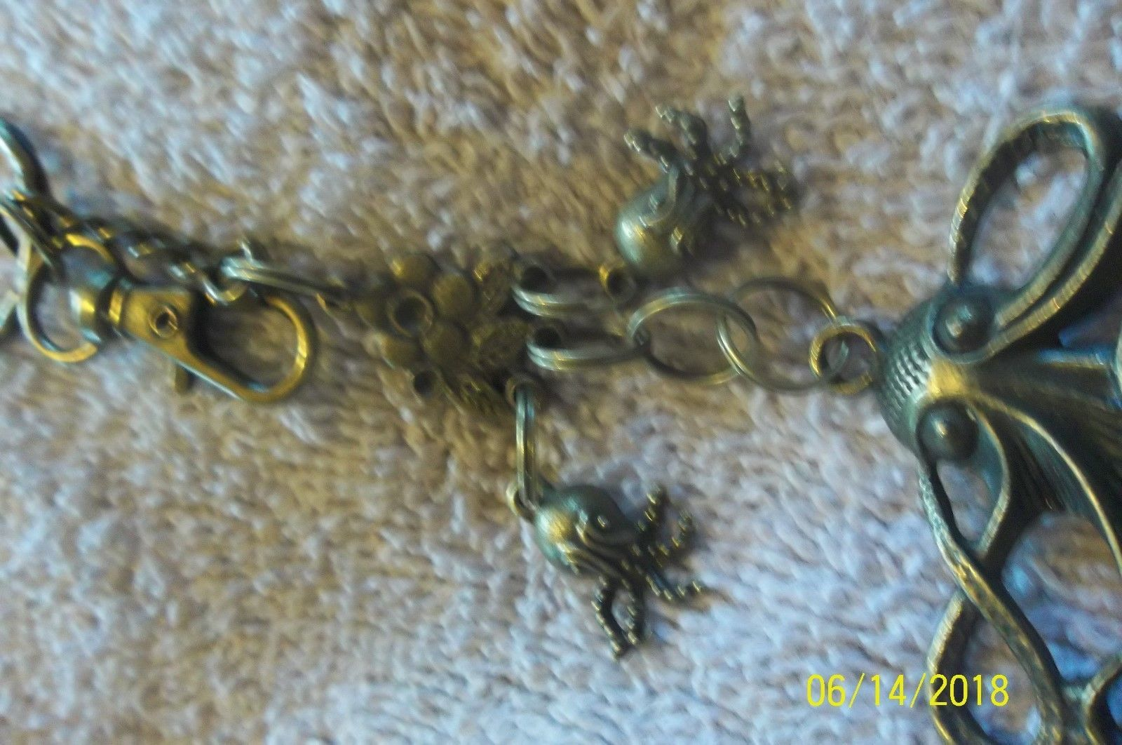 #purse jewelry bronze color keychain backpack filigree charms lot of 3 floral 21 image 9
