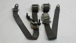 BOTH MIDDLE SEAT BELT RETRACTORS 2006 Durango R249799 - $77.21