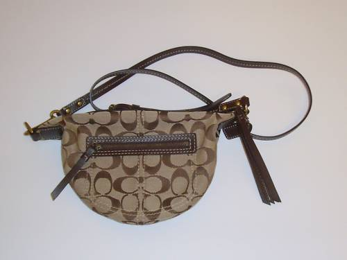 COACH Signature Leather Swingpack Crossbody Bag 10840