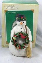 Hallmark 2005 Winter Friends Snowman Figurine - $13.85