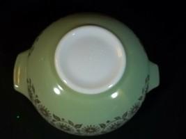 Vintage Pyrex Cinderella Bowl Medallion 443 Green 2 1/2 Quart - $29.65