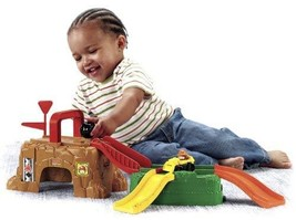 Fisher-Price Little People Wheelies Play 'n Go Construction Site - $74.24