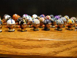 NFL FOOTBALL QUARTERBACKS TEENYMATES FIGURES SERIES 1 -  PICK YOUR FOOTBALL TEAM image 5