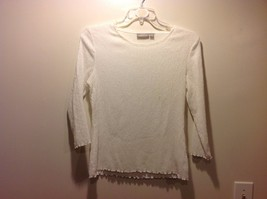 White Long Sleeve Textured Frilly Edged Blouse by Croft & Barrow Sz M