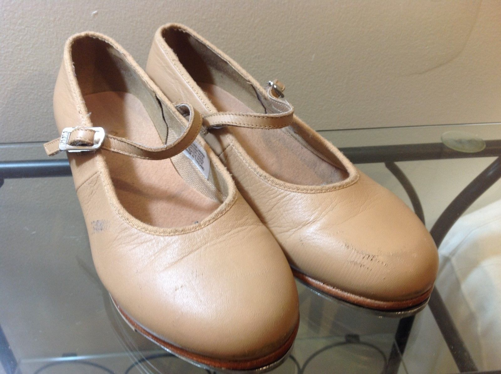 Bloch Tan Colored Tap Shoes Sz 5N