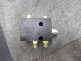 Sun Hydraulics A608-22B-F09 Flow Control Valve New image 1
