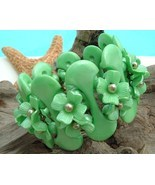 Vintage Plastic Thermoset Flowers Clamper Bracelet Mint Green Chunky - $59.95