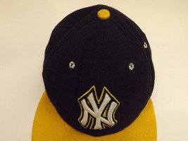 NY Yankees 59Fifty New Era Fitted Cap Hat Size 7 1/4 7.25 Black Gold Yellow image 2