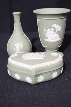4pc Vintage Wedgwood CREAM on GREEN Jasperware Set: 2 Bud Vases, Heart B... - $59.99