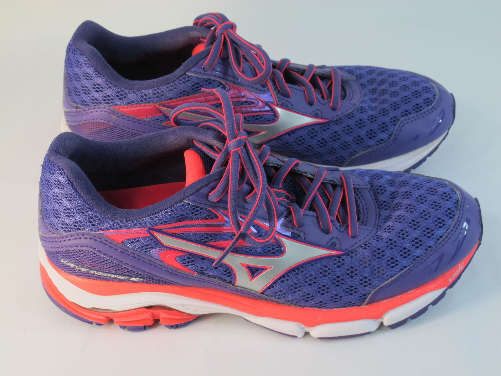 mens mizuno running shoes size 9.5 equivalent hk shoes