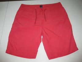 Gap Men's Short Size 34 Cotton Draw String Waist RedGreat Condition Fla... - $17.41