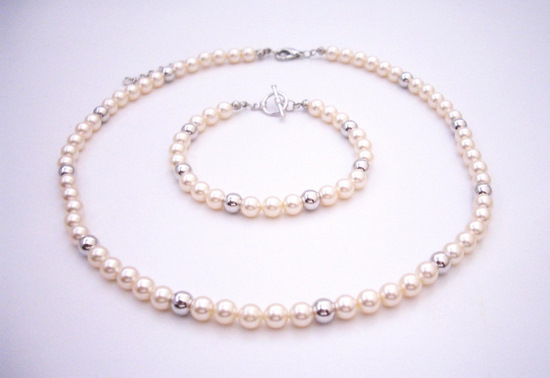 Flower Girls ivory Pearls Necklace & Bracelet with Silver Beads Fashion Jewelry For Everyone Collections