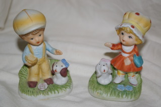 Homco 2 Boy & Girl with Big Hats 1430 Home Interiors Bonanza