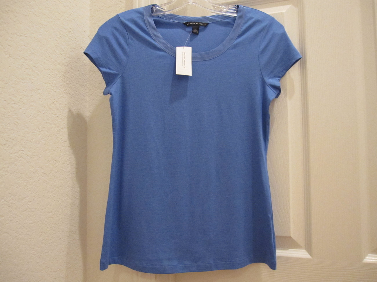 NWT Banana Republic Top - size small Other