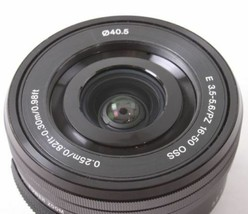 Sony SELP1650 16-50mm Power Zoom camerna Lens Black Displayed - $105.90