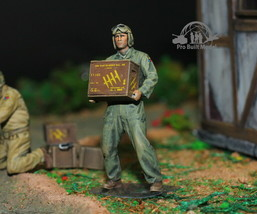 US Tank Crew Europe Theater WW2 1:35 Pro Built Model #5 - $26.63