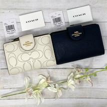 Coach Medium Corner Zip Wallet In Signature Leather in Black or White MS... - $129.00