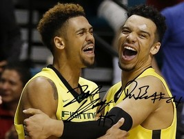 Tyler Dorsey Dillon Brooks Signed Photo 8X10 Autographed Oregon Ducks Basketball - $19.99