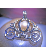 Haunted NECKLACE BE TREATED LIKE ROYALTY MAGICK PRINCES COACH PEARL CASSIA4 - $54.00