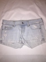 american eagle Women Light Blue Denium Shorts 4 Destresssed - $15.88