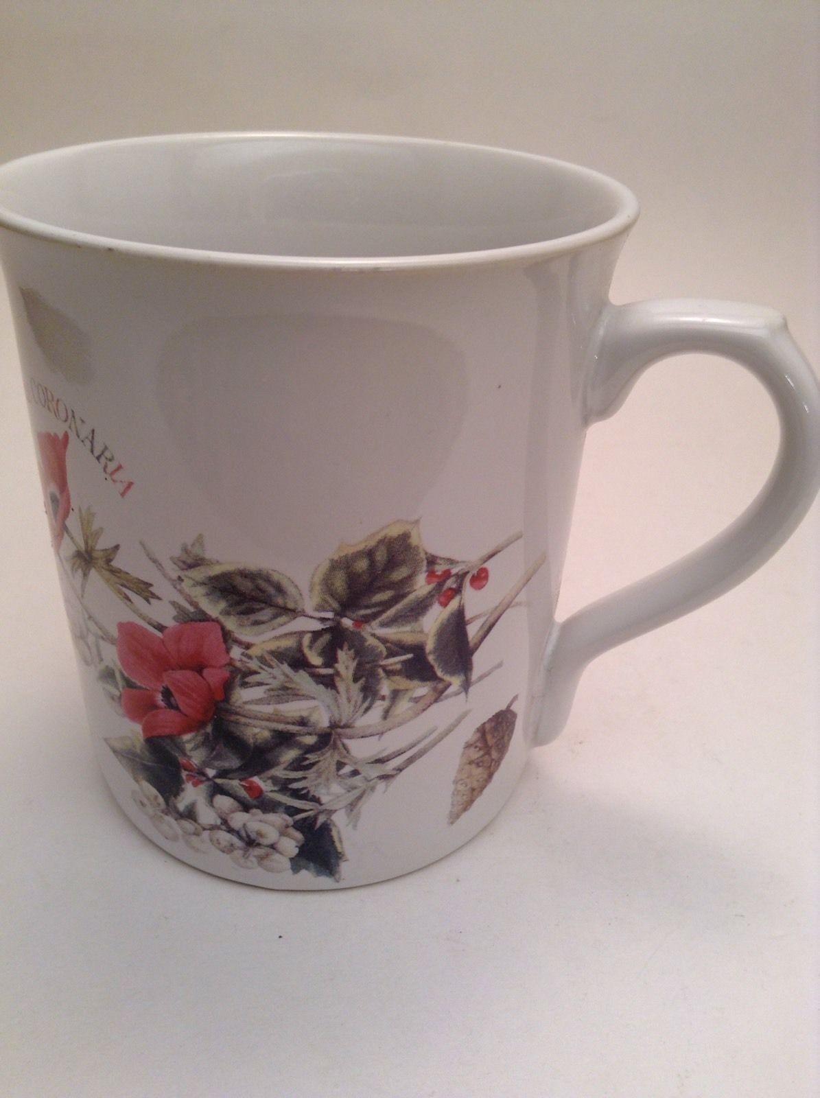 Marjolein Bastin Coffee Tea Mug Cup Botanical Theme Holly Berry Plants -ve