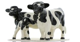 Hagen Renaker Miniature Holstein Bull, Cow and Calf Ceramic 3 Piece Figurine Set image 10