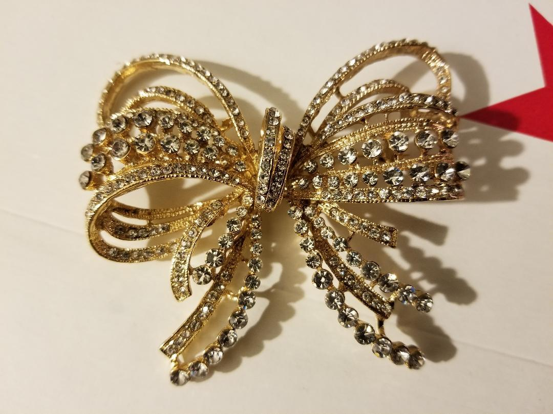 Gold Bow/Butterfly Swarovski Crystal Brooch Pin image 4