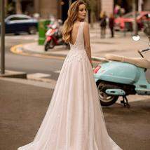 Sexy V-neck Open Back Shiny Tulle Beaded Lace Appliqued Princess A- Line Wedding image 2