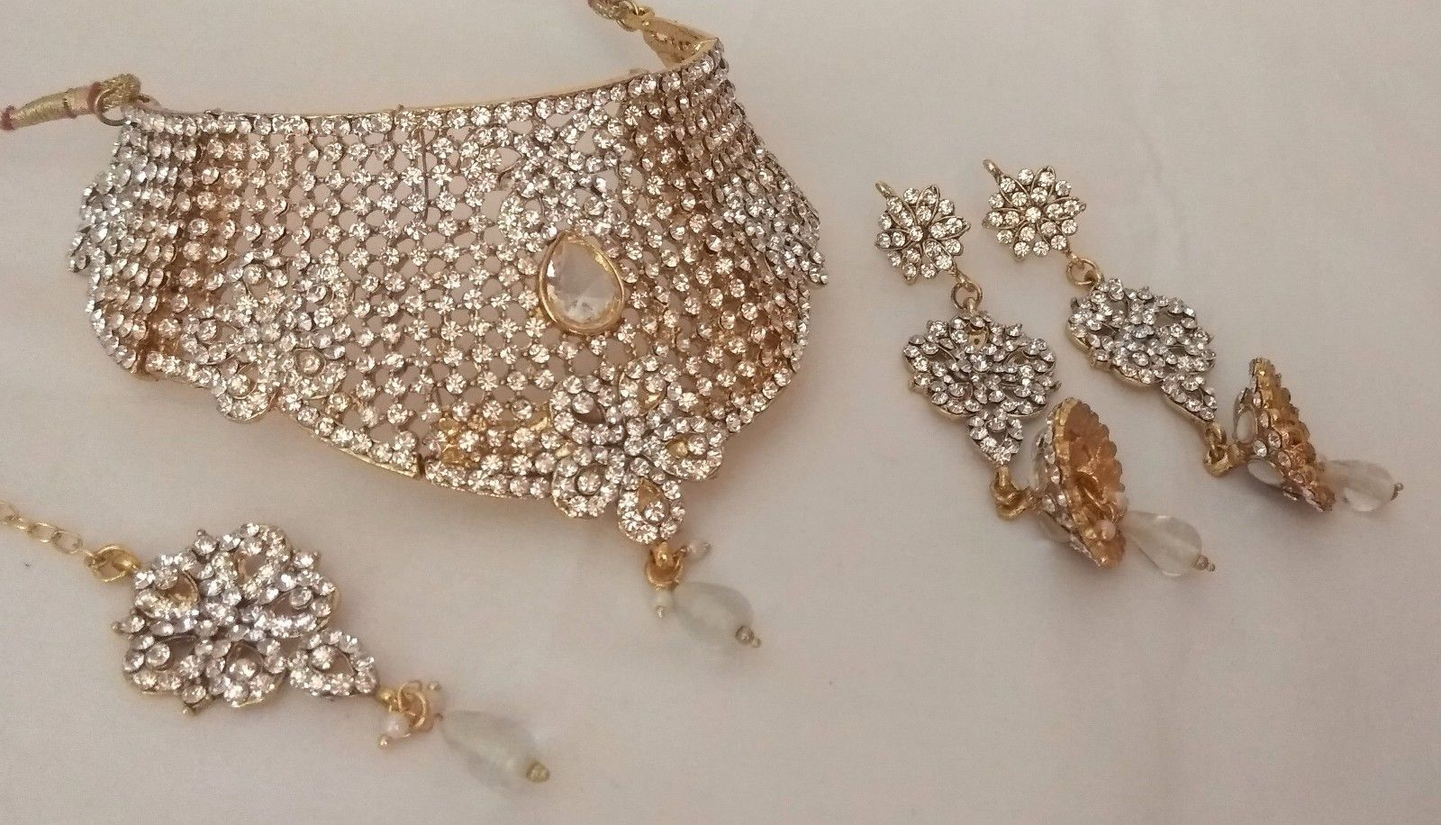 Indian Gold Plated White Rhinestone Choker Bridal Wedding Necklace Jewelry Set - $26.18